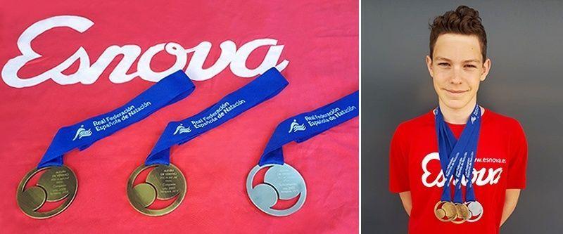 Álvaro Zornoza gana el oro en 200 estilos en el campeonato nacional y bate la marca nacional en 400 estilos de 14 años