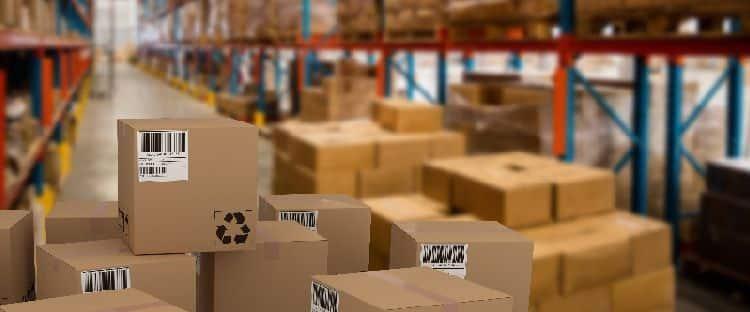 Almacén de tránsito para gestionar mercancías a mayor distancia